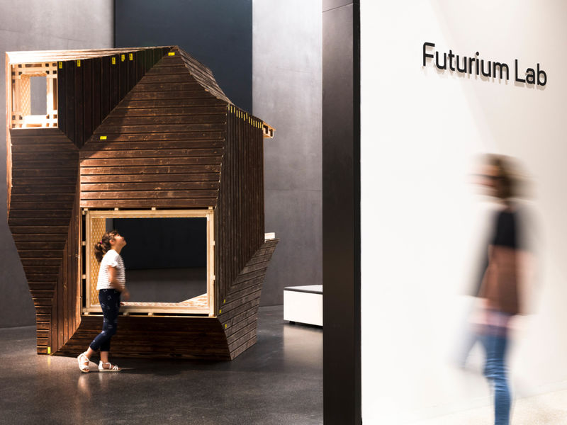 Future-Forward Exhibition Experiences : house of futures